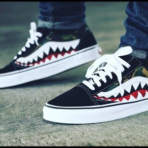 b466030a7fd0b0 ... Andre Vans - Bape customs